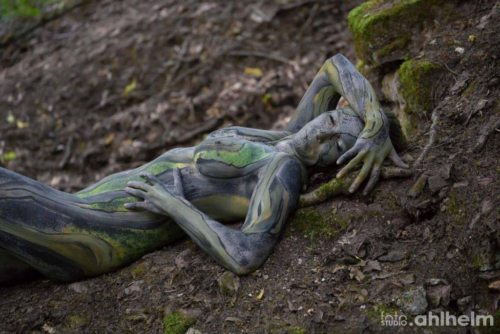 Fotostudio Ahlhelm Bodypainting Wald 4
