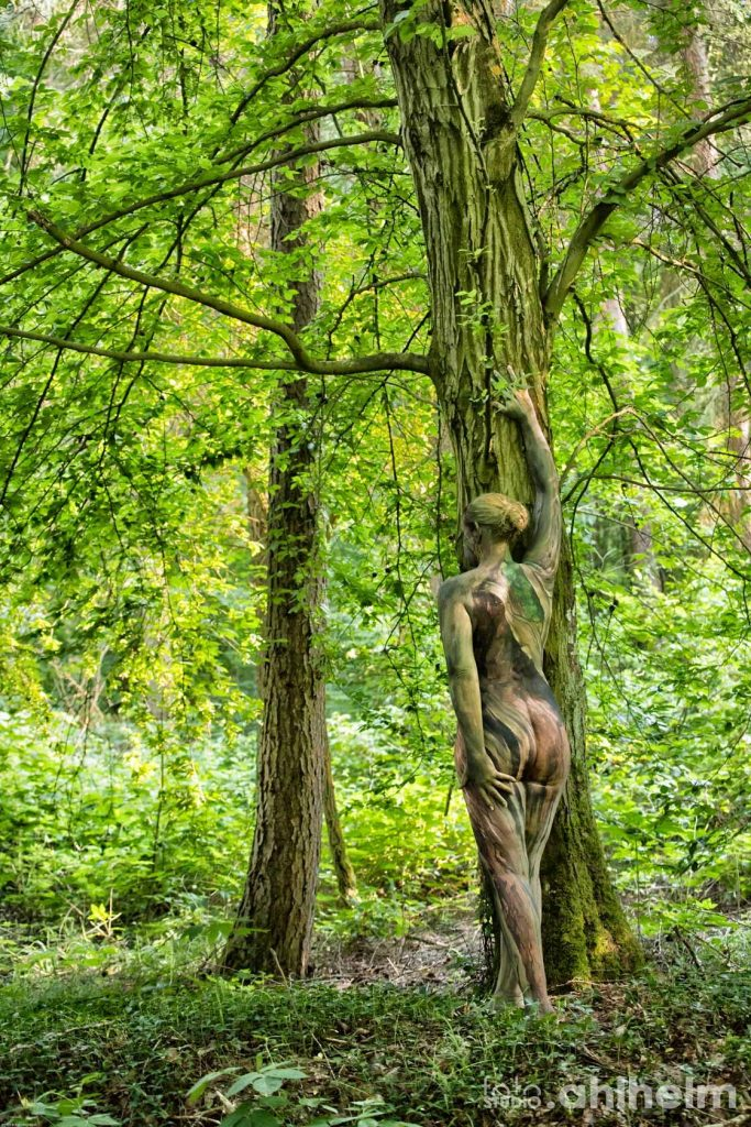 Fotostudio Ahlhelm Bodypainting Wald 8