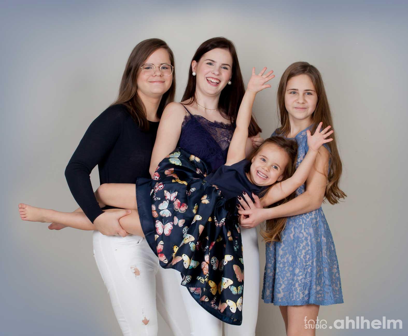 Fotostudio Ahlhelm Kinder meine großen Schwestern