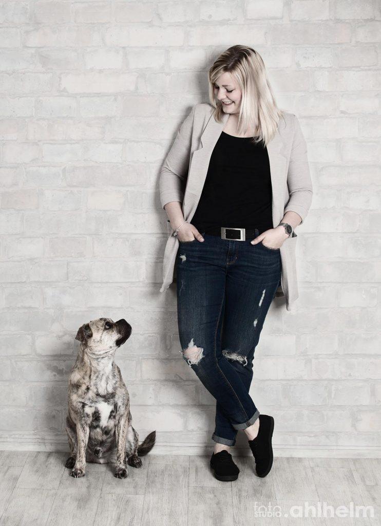 Fotostudio Ahlhelm Tiere Frauchen und Hund