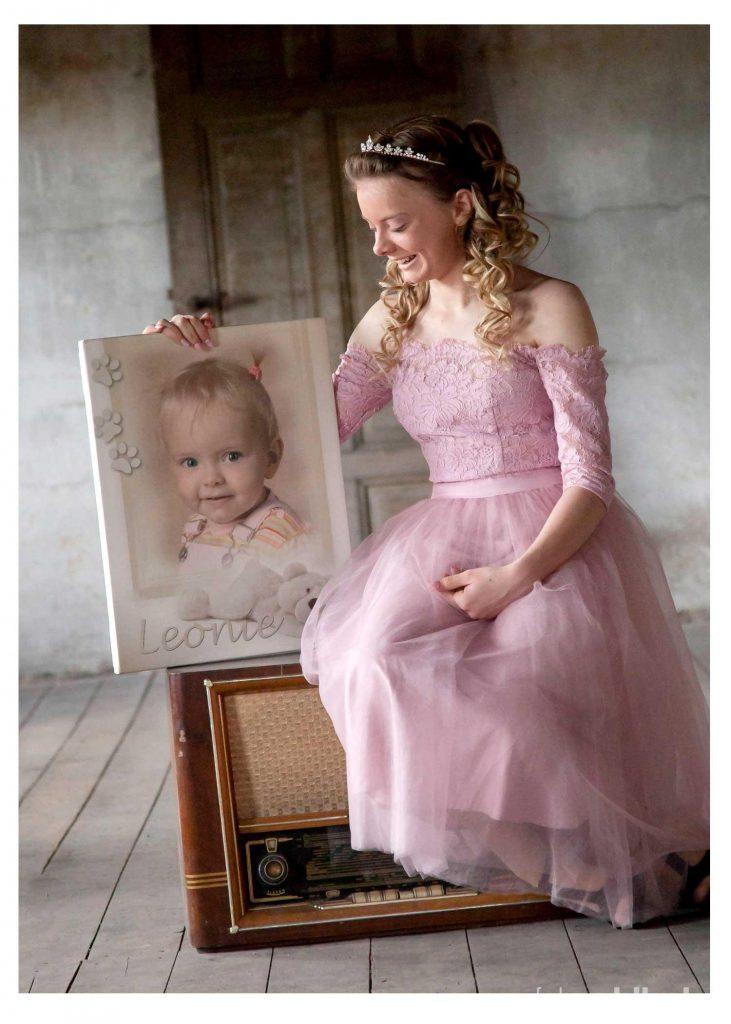 Fotostudio Ahlhelm junges Mädchen Zeitreise